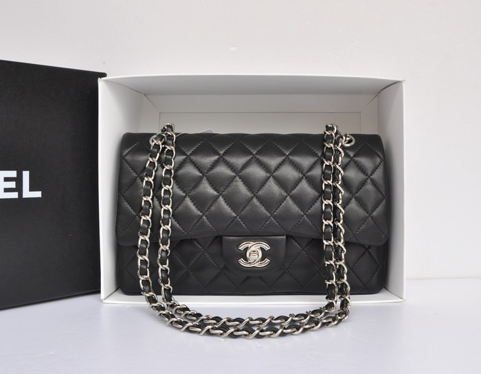 iconic bags chanel. Black Bedroom Furniture Sets. Home Design Ideas